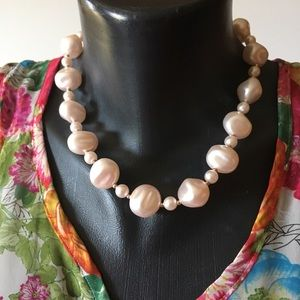 Lucite pearl statement collar necklace vintage